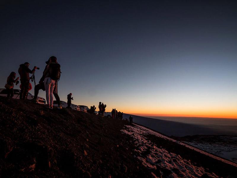 マウナケア山日の出